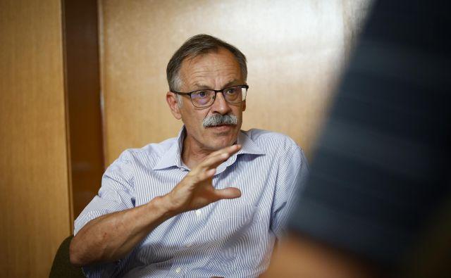Časa za odločitev, kam nameniti evropska sredstva, je relativno malo, izpostavlja Mojmir Mrak z ekonomske fakultete. FOTO: Jože Suhadolnik