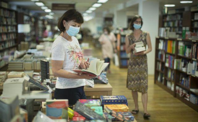 Kaj lahko včasih precej zaspane knjigarne še storijo, da bi privabile kupce? Zanimanje za knjige po pandemiji namreč narašča.<br /> FOTO: Jure Eržen