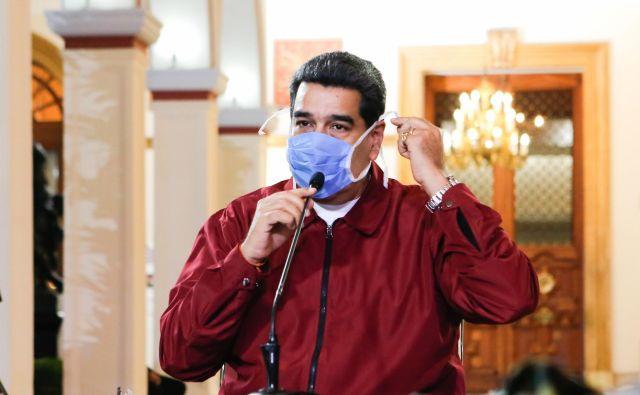 Venezuelski predsednik Nicolas Maduro, ki je v zadnjih letih preživel tako poskus atentata kot državnega udara, je trn v peti interesom ZDA. FOTO: AFP