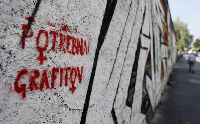 Na občini so v petih letih zabeležili 669 »zlonamernih in objestnih dejanj«, največkrat so bili tarče vandalov objekti in oprema. Foto: Uroš Hočevar