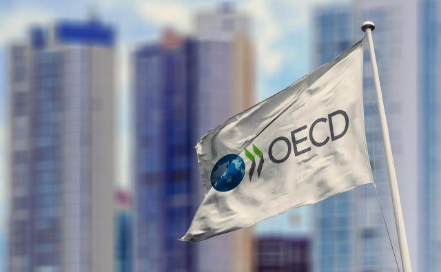 OECD je ublažil napovedi o letošnjem gospodarskem padcu. FOTO: Rafapress Shutterstock