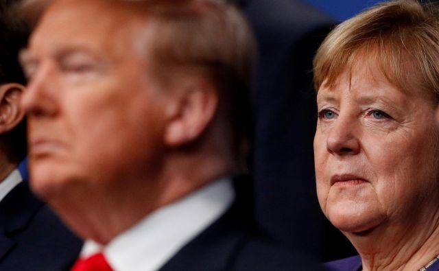 Ameriški predsednik Donald Trump in nemška kanclerka Angela Merkel sta na bojni nogi zaradi Severnega toka 2.<br /> Foto: Peter Nicholls/Reuters