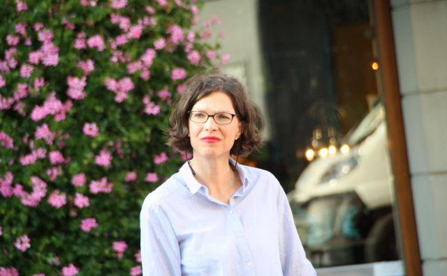 Ingrid Türk-Chlapek združuje ustvarjalce treh držav. Foto Isimekhai