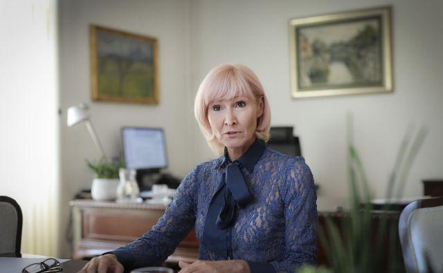 Prva služba Lilijane Kozlovič, ministrice za pravosodje, je bila delo policistke v Piranu. FOTO: Jože Suhadolnik