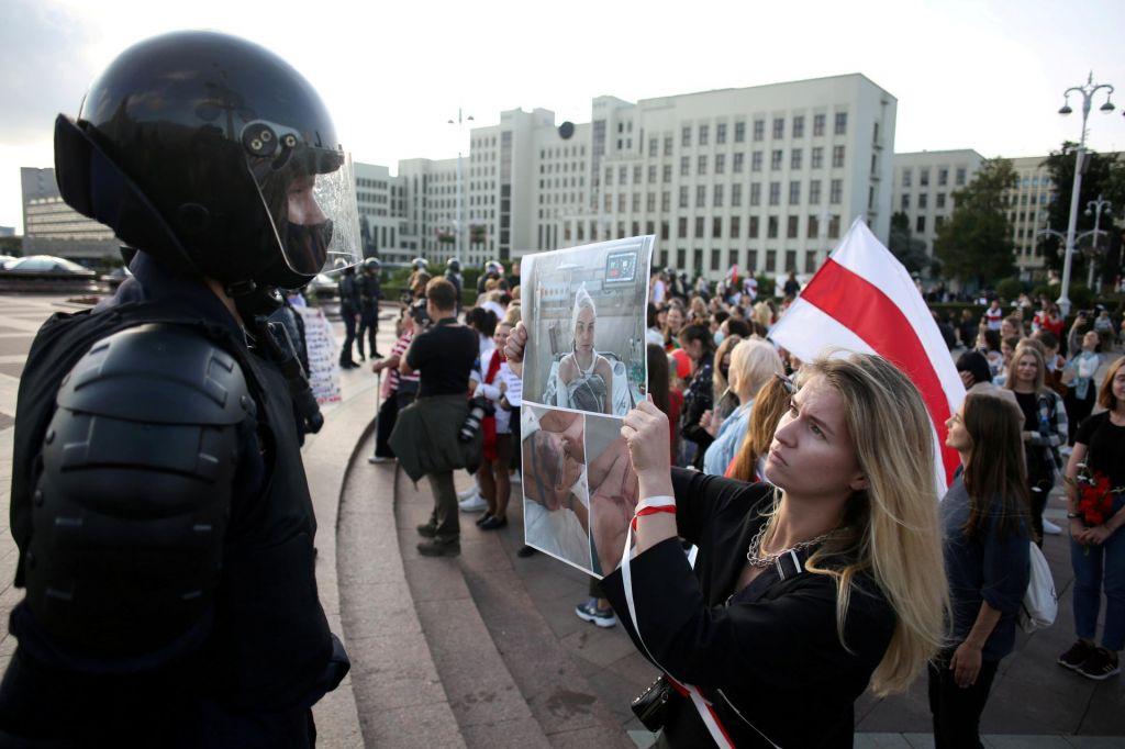 Represija nad protestniki se stopnjuje