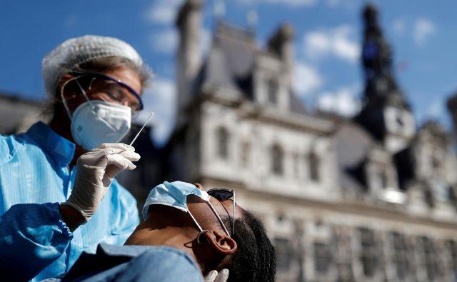 V Franciji je situacija iz dneva v dan slabša. FOTO: Christian Hartmann/Reuters
