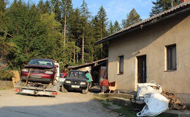 Uradno ne vemo, koliko Romov sploh prebiva na območju Slovenije. Fotografije Simona Fajfar