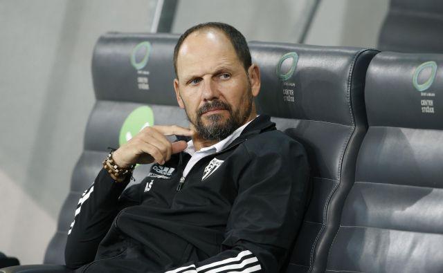Mura pod taktirko Anteja Šimundža na evropskem nogometnem in domačem prizorišču niza zmage. FOTO: Blaž Samec/Delo
