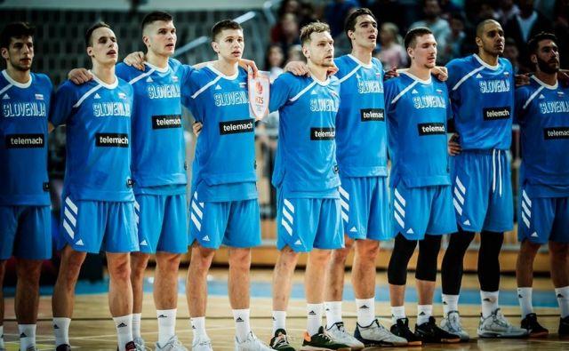 Slovenska košarkarska reprezentanca je na poti k eurobasketu 2022 izgubila z Madržarsko in premagala Avstrijo. FOTO: FIBA