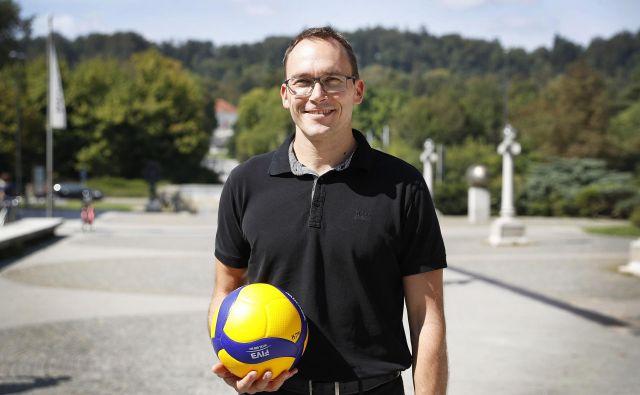 Klubskemu predsedniku Rastu Oderlapu (na fotografiji) in ACH Volleyju je s prihodom Mitarja Đurića in vrnitvijo Gregorja Ropreta uspel veliki kadrovski met. FOTO: Leon Vidic