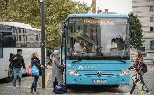 Slovenija je majhna, a ne, če po njej potuješ z avtobusom. FOTO: Uroš Hočevar/Delo