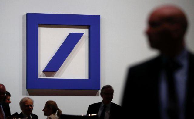 Na vrhu po prijaviteljih je bila Deutsche bank s 1300 milijardami dolarjev prijavljenih transakcij. Foto Kai Pfaffenbach/Reuters