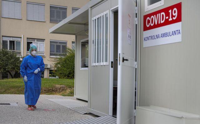 Infekcijska klinika v Ljubljani se bo postopno in glede na potrebe preobrazila v covid bolnišnico. FOTO: Jože Suhadolnik/Delo