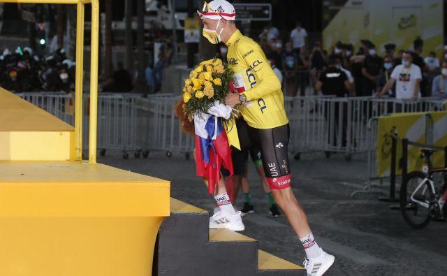 Mladi slovenski kolesarski šampion Tadej Pogačar je bil tudi zmagovalec med zaslužkarji na Tour de France. FOTO: Benoît Tessier/Reuters