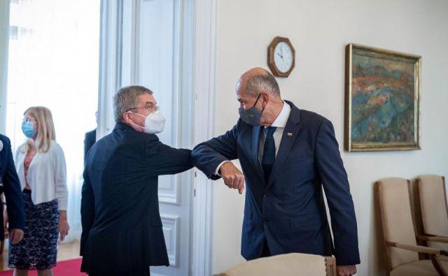 Thomas Bach se je sestal tudi s predsednikom vlade Janezom Janšo. FOTO: Ukom