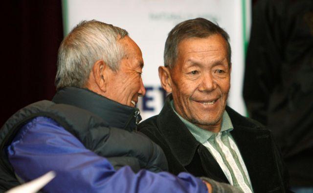 Bil je med prvimi vodniki na Everest, ki so za svoje dosežki prejeli številna mednarodna priznanja. FOTO: Gopal Chitrakar/Reuters