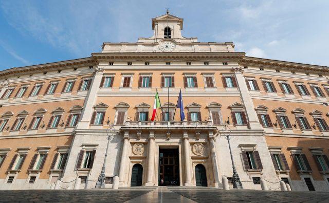 Slovenci v Italiji so predvidoma izgubili možnost za zastopstvo v palači Montecitorio, kjer zaseda italijanski parlament. Foto Guglielmo Mangiapane/Reuters
