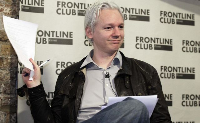 Julian Assange leta 2012 FOTO: Finbarr O'Reilly/Reuters