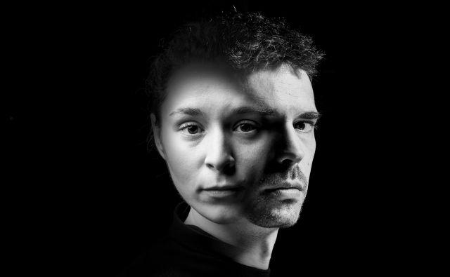 Požigi v režiji Nine Rajić Kranjac; SNG Drama. Naval (Pia Zemljič): »Zdaj, ko smo skupaj, je bolje.« FOTO: Peter Uhan