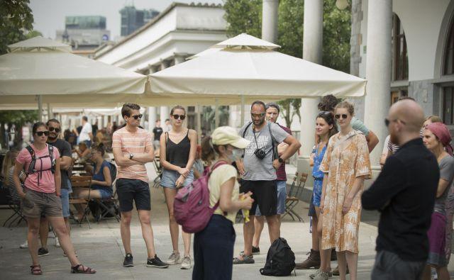 Letos je bilo v Sloveniji komaj tretjino tujih gostov. FOTO: Jure Eržen/Delo