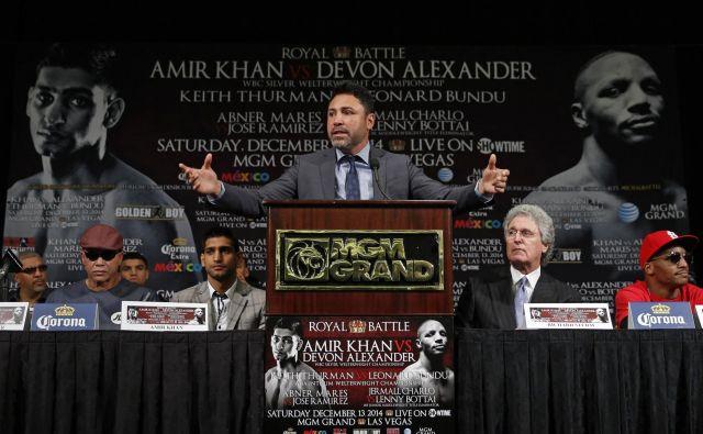 Tudi Oscar De La Hoya je nekoč blestel v ringu. FOTO: Jason Cairnduff/Reuters