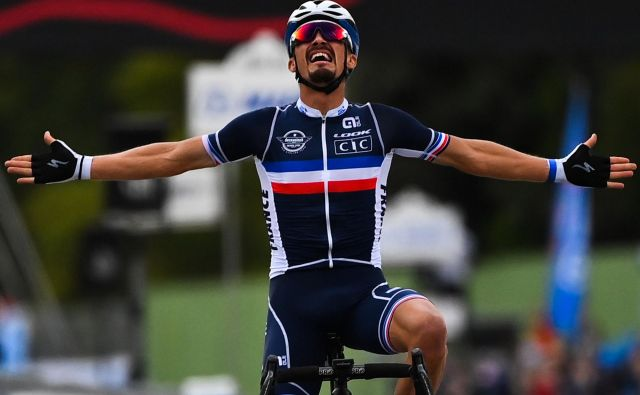 Novi svetovni prvak je Julian Alaphilippe. FOTO: Marco Bertorello/AFP
