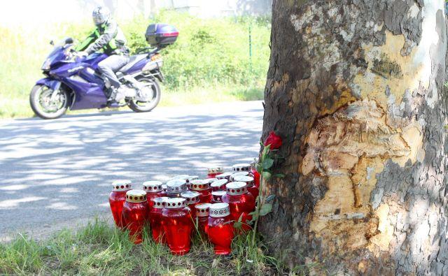 Voznik avtomobila naj bi pijan povzročil smrtno prometno nesrečo v Bertokih. FOTO: Marko Feist/Delo
