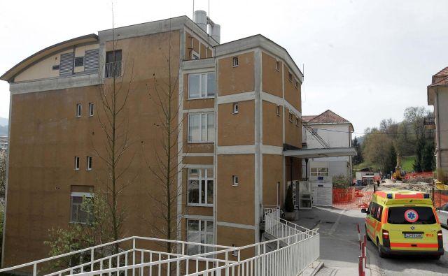 Zdravstveni dom Trbovlje edini v Zasavju podpira prenovo NMP. Foto: Ljubo Vukelič/Delo