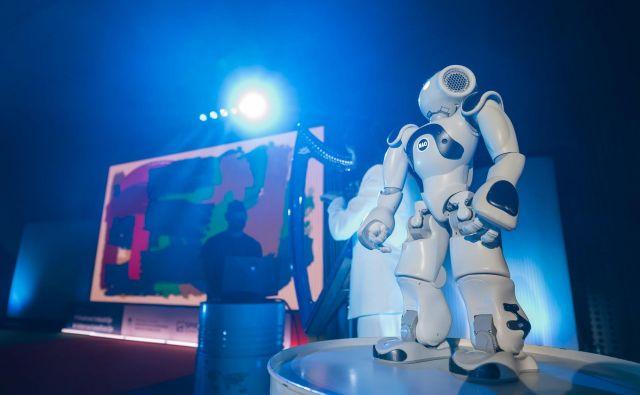 Eva je debitirala na Brdu na konferenci o prihodnosti industrializacije in internacionalizacije. FOTO: Arhiv Ddtlab