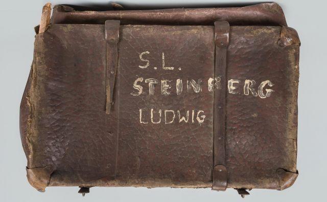 Eden od kovčkov v muzejski zbirki nosi ime»Ludwig Steinberg«. FOTO: Auschwitz-Birkenau State Museum