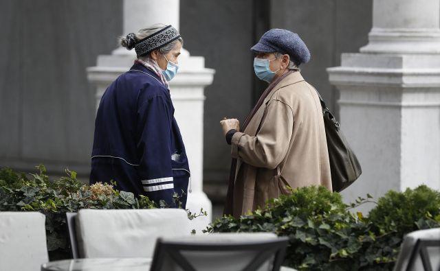 V sredo so v Sloveniji potrdili 175 novih okužb. FOTO: Leon Vidic/Delo