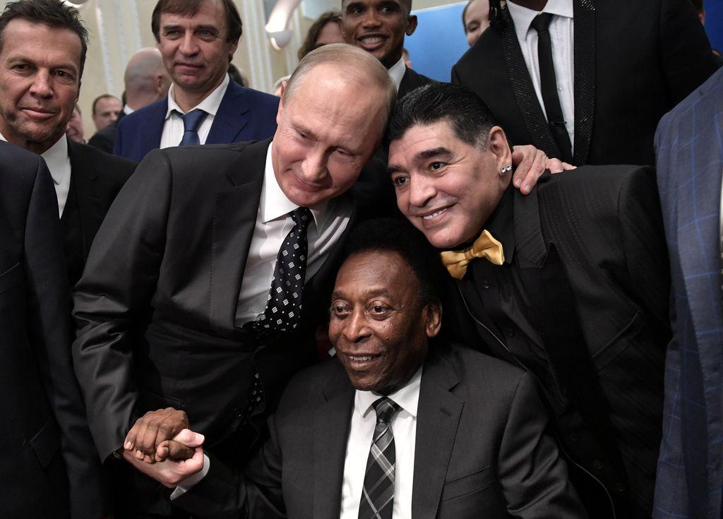 Maradona poljubil Peleja, Messi čaka na Hrvaško
