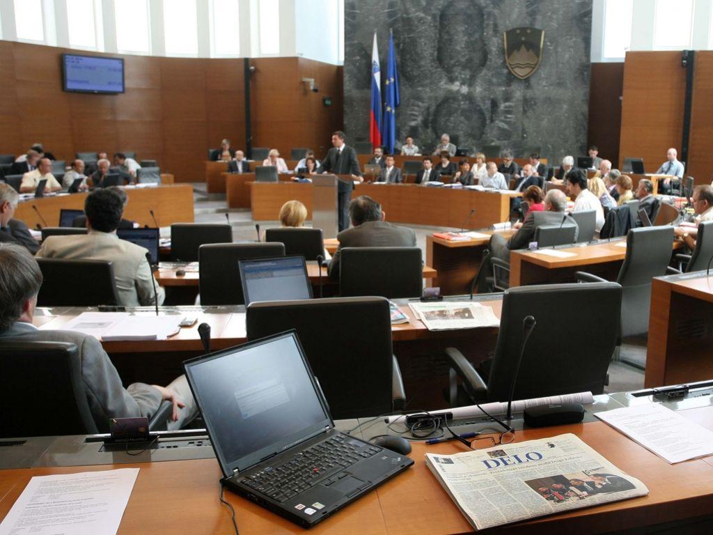 Pahor Bo Na Pet Novih Ministrov Vezal Zaupnico