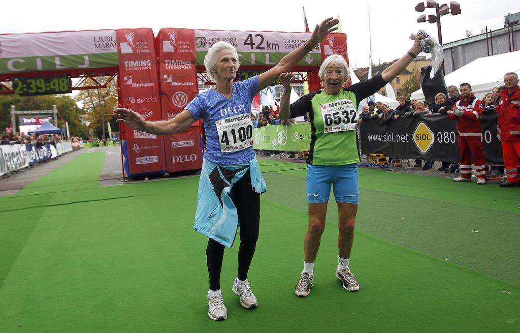 O Heleni Žigon, 86-letni tekačici, odslej tudi v knjigi Bela dama