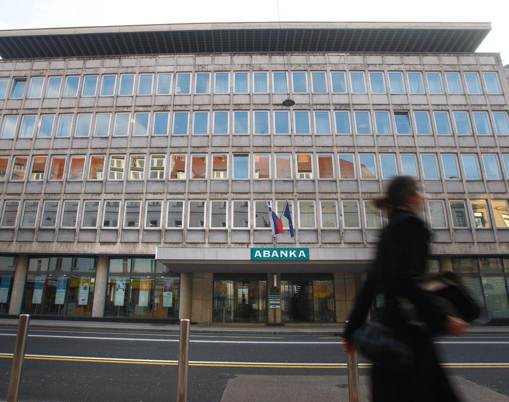 Banke lani povečale izgubo na 356 milijonov evrov
