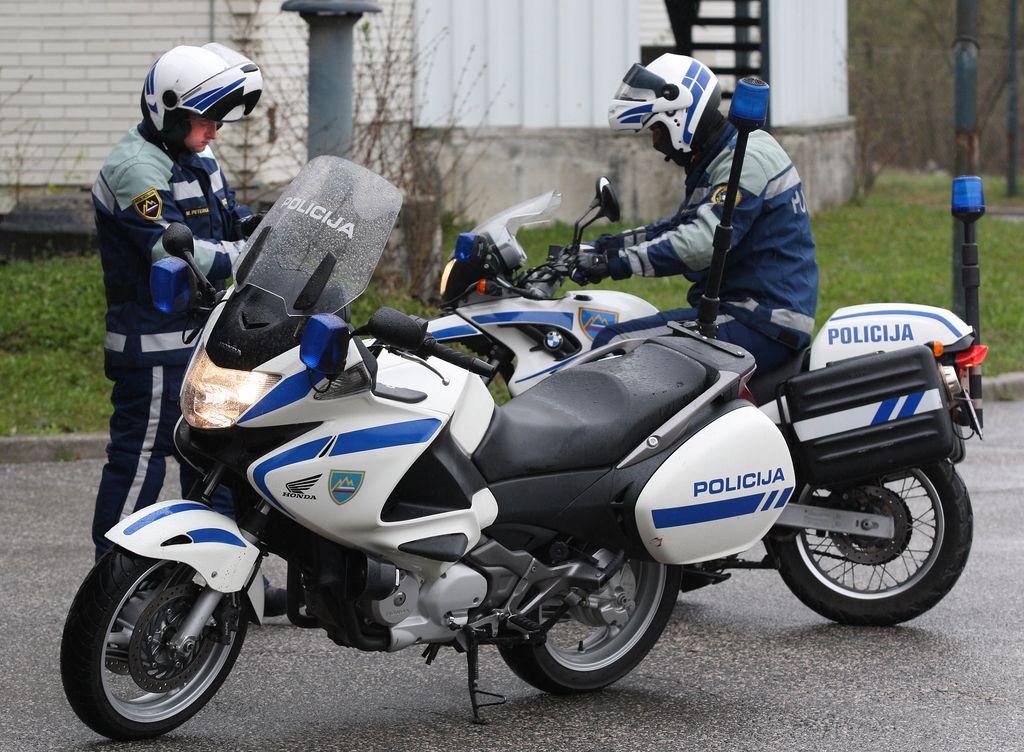 Moto točke za večjo varnost voznikov enoslednih vozil