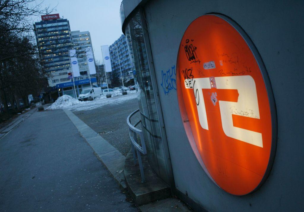 Družba T-2 v stečaju lahko nadaljuje s poslovanjem