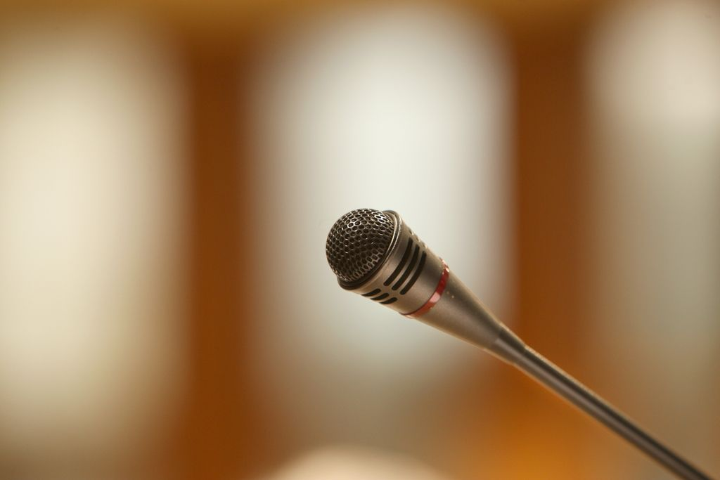 Literarni podkasti: Knjižni pogovori na mobilniku