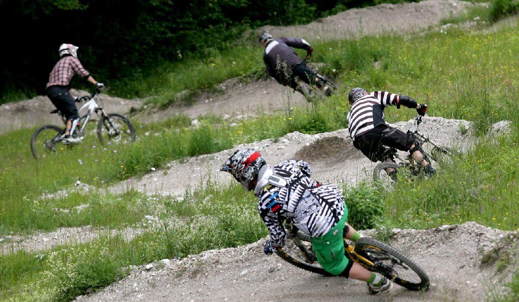 Ponudbo za ureditev steze v pohorskem kolesarskem parku dobili le izbranci