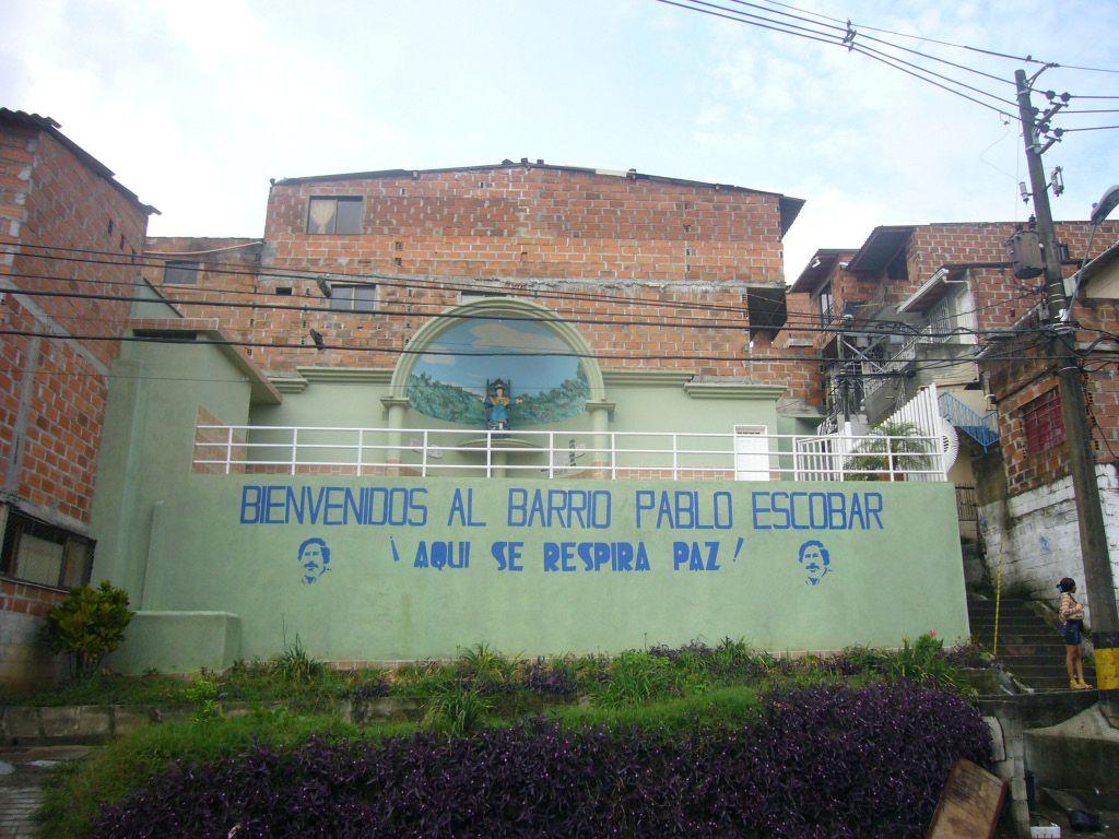Pablo Escobar: narkomafijec, ki še po smrti prinaša denar