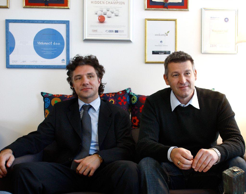 Imeni dneva: Alex Hine Vrtačnik in Aljoša Huber