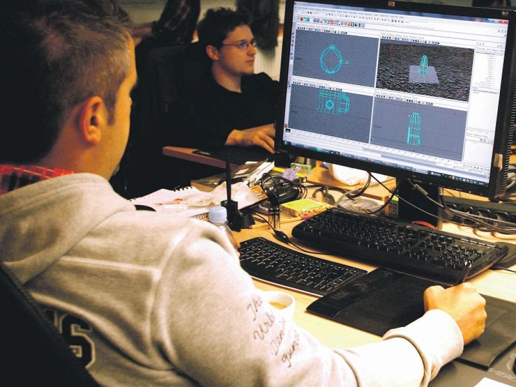 Z računalniškimi igrami na svetovni trg