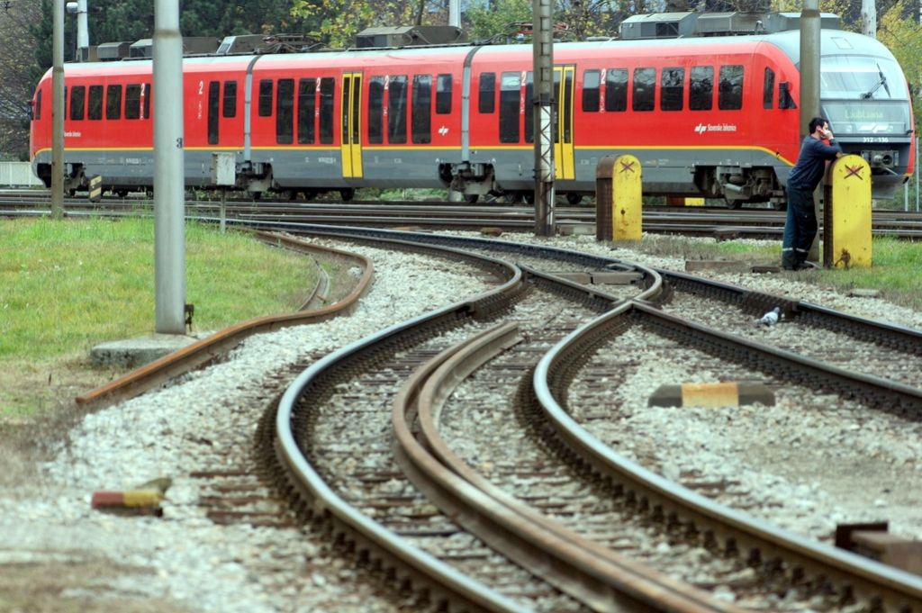 Hrvati bi ukinili mednarodne vlake