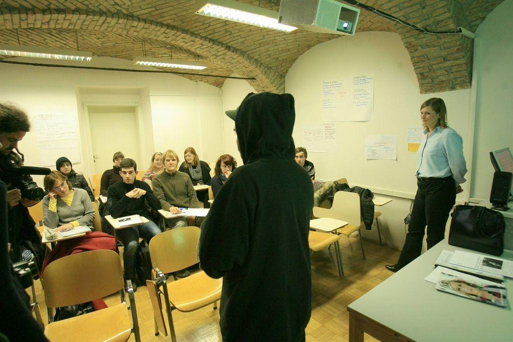 Na Filozofski fakulteti v Ljubljani »osvobojene predavalnice«