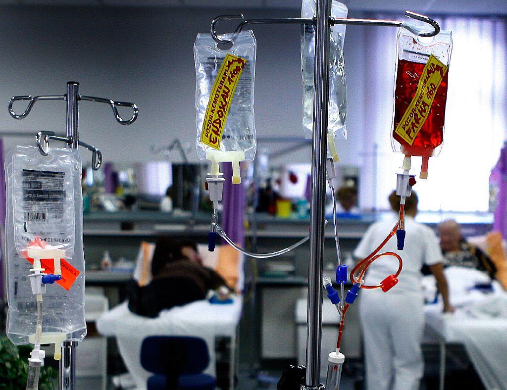 Janševa zdravila za slovenske bolezni že dvigujejo pritisk