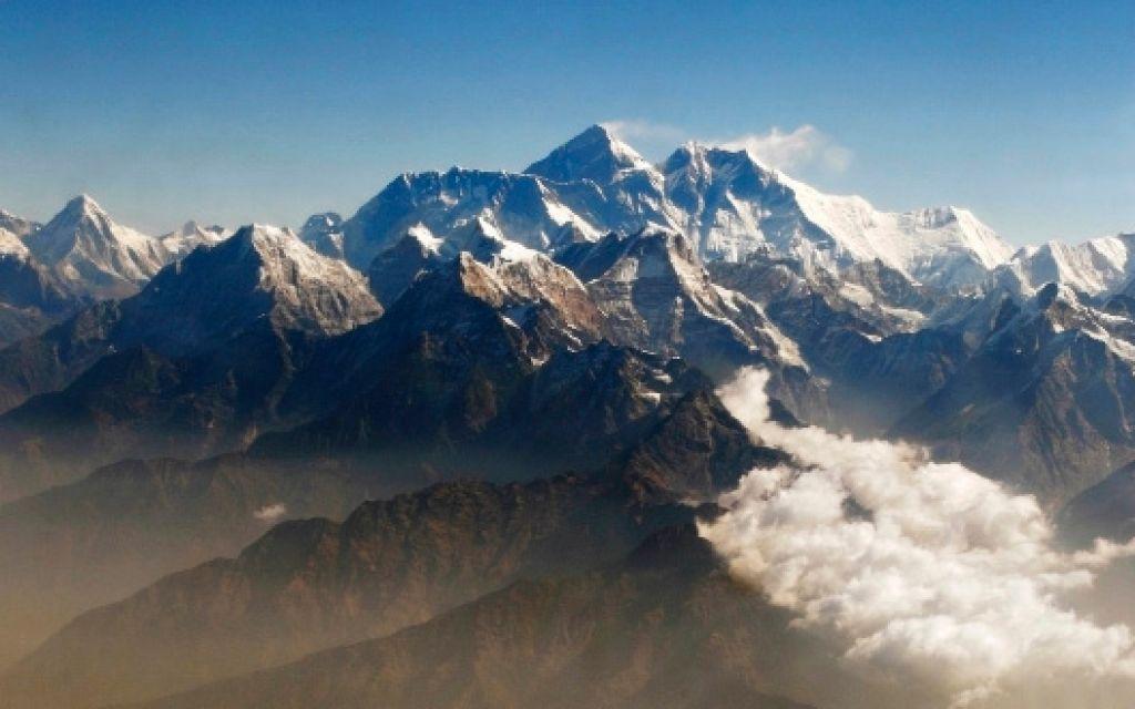 Matevž Lenarčič osvojil tudi Mount Everest