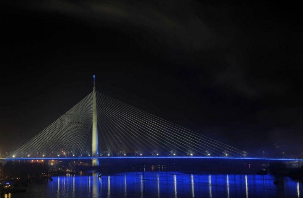 Nagrada za »slovenski« Most na Adi