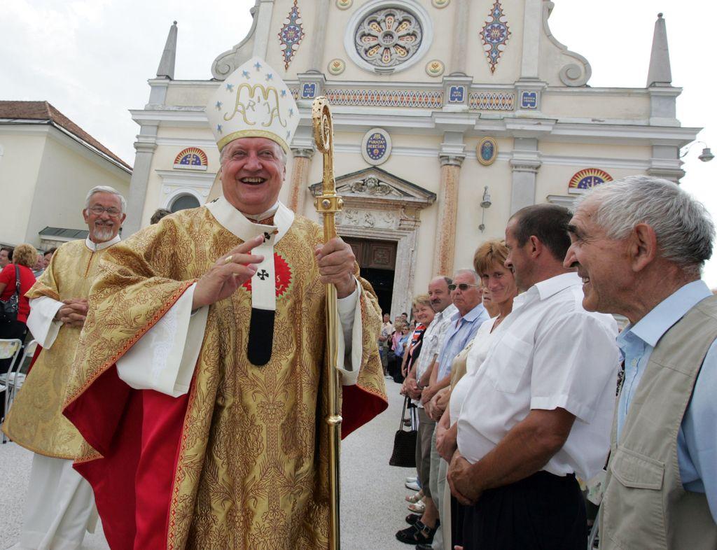 »Problem nadškofa Urana ni problem slovenskega pravnega reda«