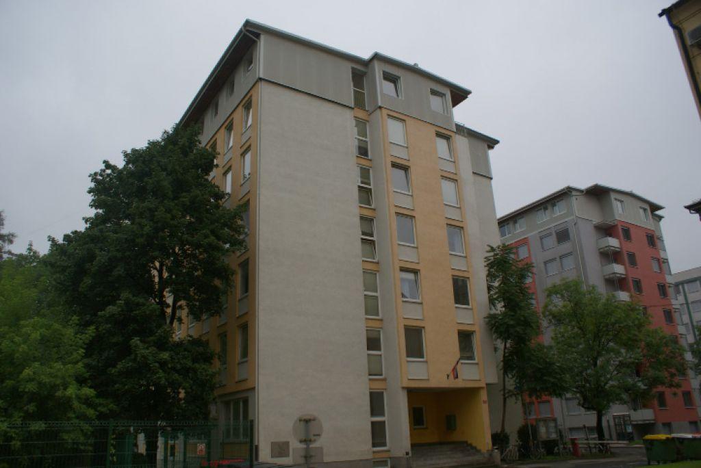 V študentskih domovih Maribor prespalo le šest turistov