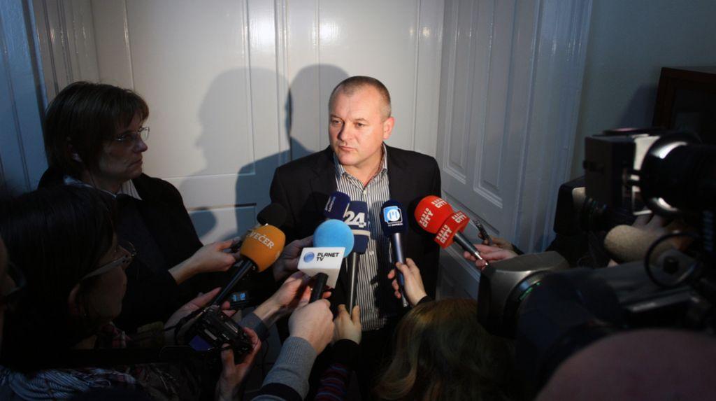 Mariborčani: Kangler naj v dobro mesta odstopi